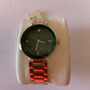 Anne Klein Women's Brand New Wrist Watch